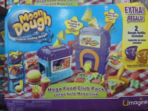 Moon Dough Mega Food Club Pack (Magical Molding Dough) + Bonus 2 Dough Refills