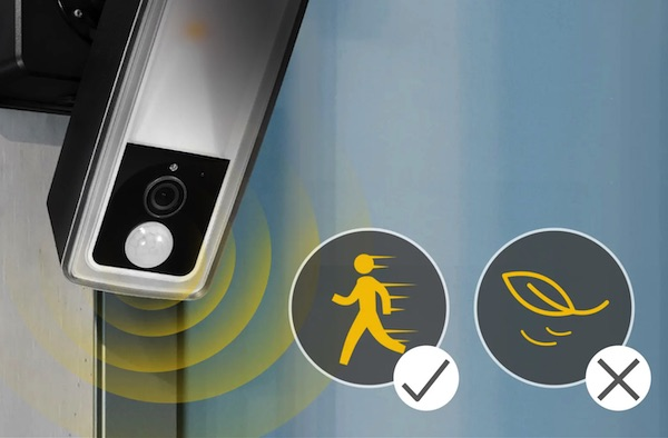 Koda Motion-Activated Light with Camera Ultrasense