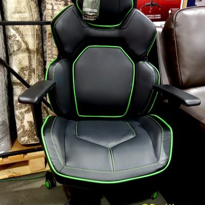 DPS 3D Insight Gaming Chair Costco Display