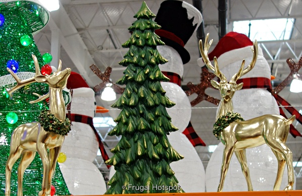 Holiday Deer with Tree | Costco 1487747