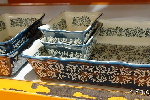Baum Floral Vines Oven To Table 5-Piece Bakeware Set   Costco Display in dark teal blue